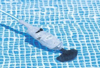 Aspirateur piscine Intex - image